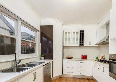 MelbourneInvestmentforSydneyCouple_kitchen